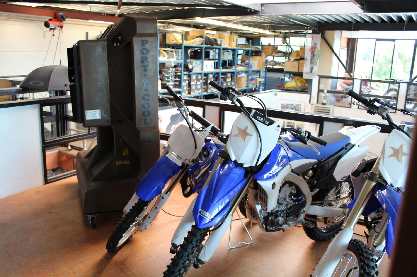 Port A Cool JetStream Showroom motorcross